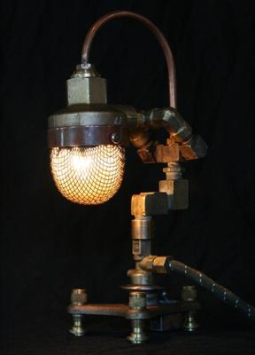 steampunk_styled_found_art_lamps_2.jpg