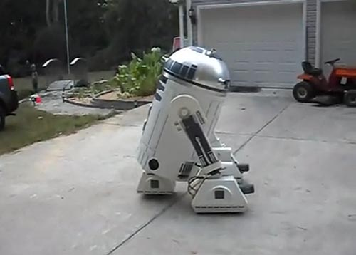 Real-Life R2-D2 Robot Driven by Star Wars Fan