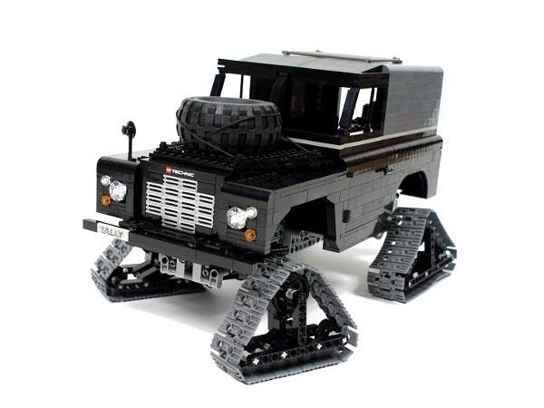 Remote Control LEGO Land Rover