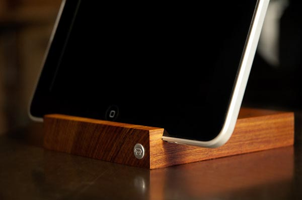 Sherwood Meister Block22 Wooden iPad Stand