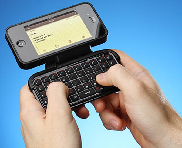TK-421 iPhone 4 Case Integrated Bluetooth Keyboard