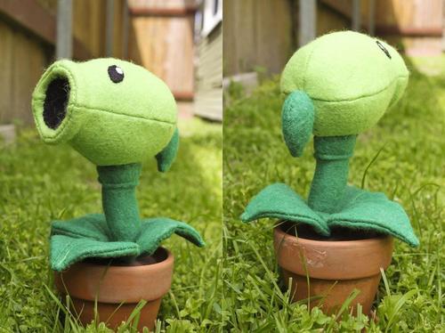 Plants vs Zombies Pea Shooter Plush Toy