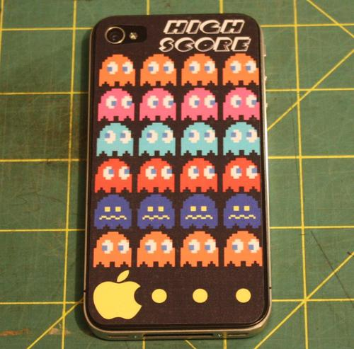 Pacman iPhone 4 Decal