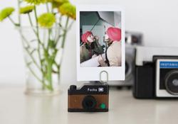 Wooden Camera Gift Set Including Photo Stand, Fridge Magnets and Stamp