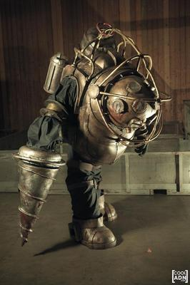 Incredible Homemade Bioshock Big Daddy Costume Gadgetsin
