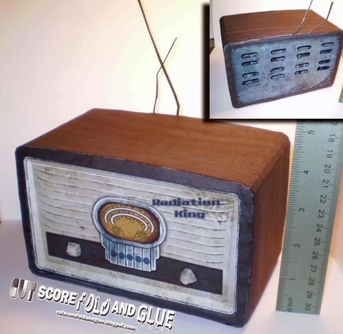Fallout New Vegas Radiation King Retro Radio Paper Craft