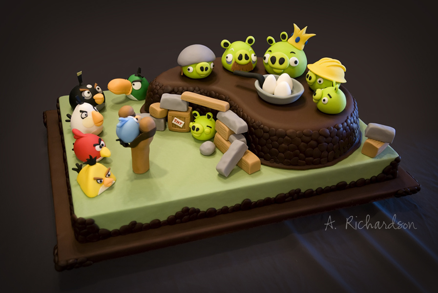 Images Of Angry Birds Cake : Angry Birds Cake Gadgetsin