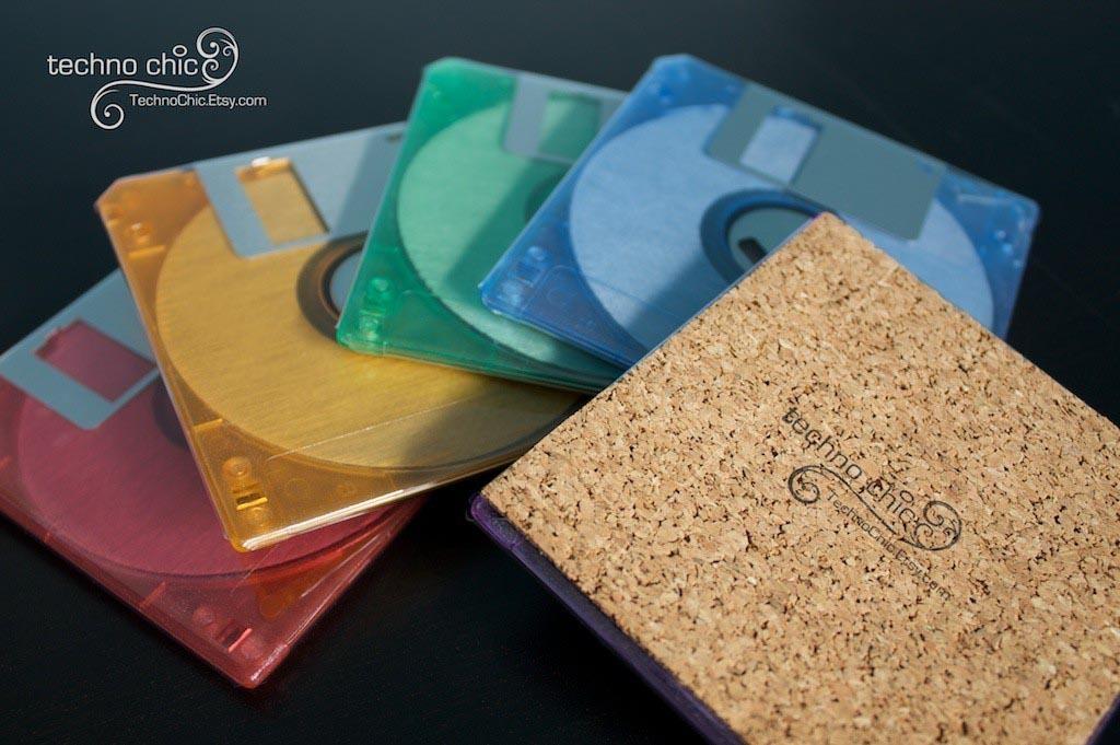 Colored Floppy Disk Coaster Set Gadgetsin
