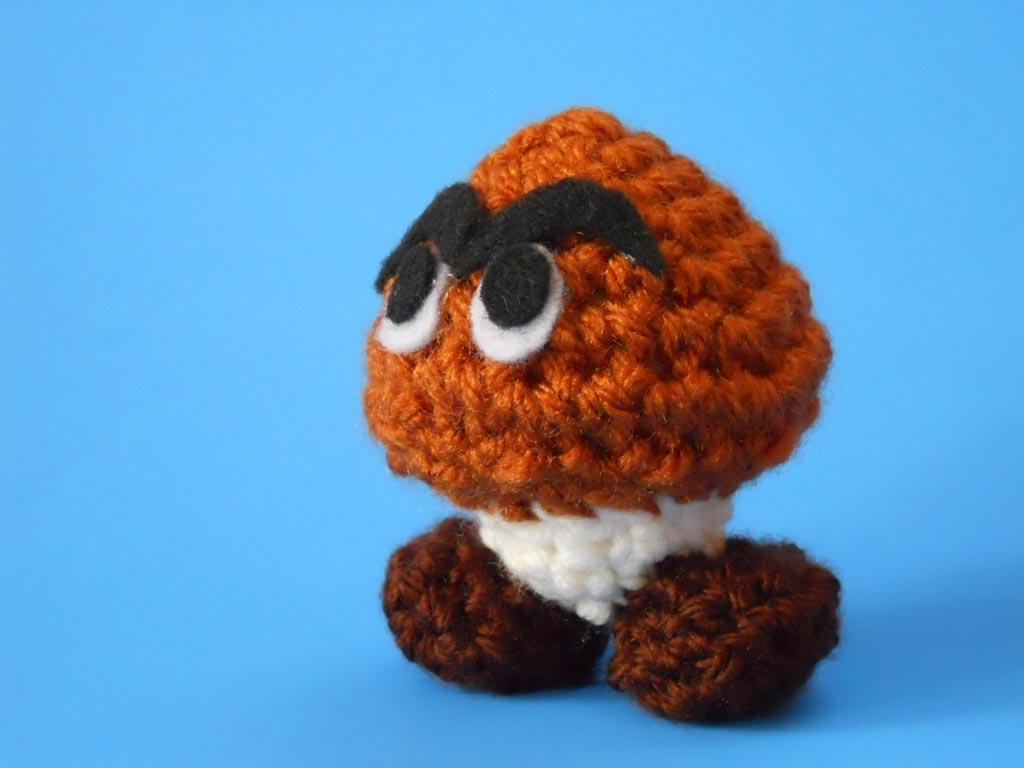 Super Mario Mini Goomba Plush Toy | Gadgetsin