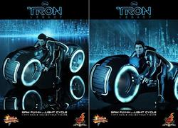 Tron Legacy Sam Flynn Collectible Figure with Light Cycle by Hot Toy
