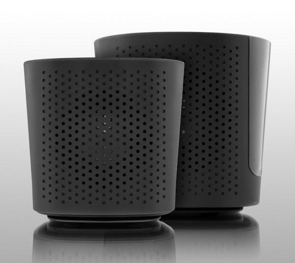 Aluratek BUMP MP3/ FM Radio Boombox with Wireless Speaker