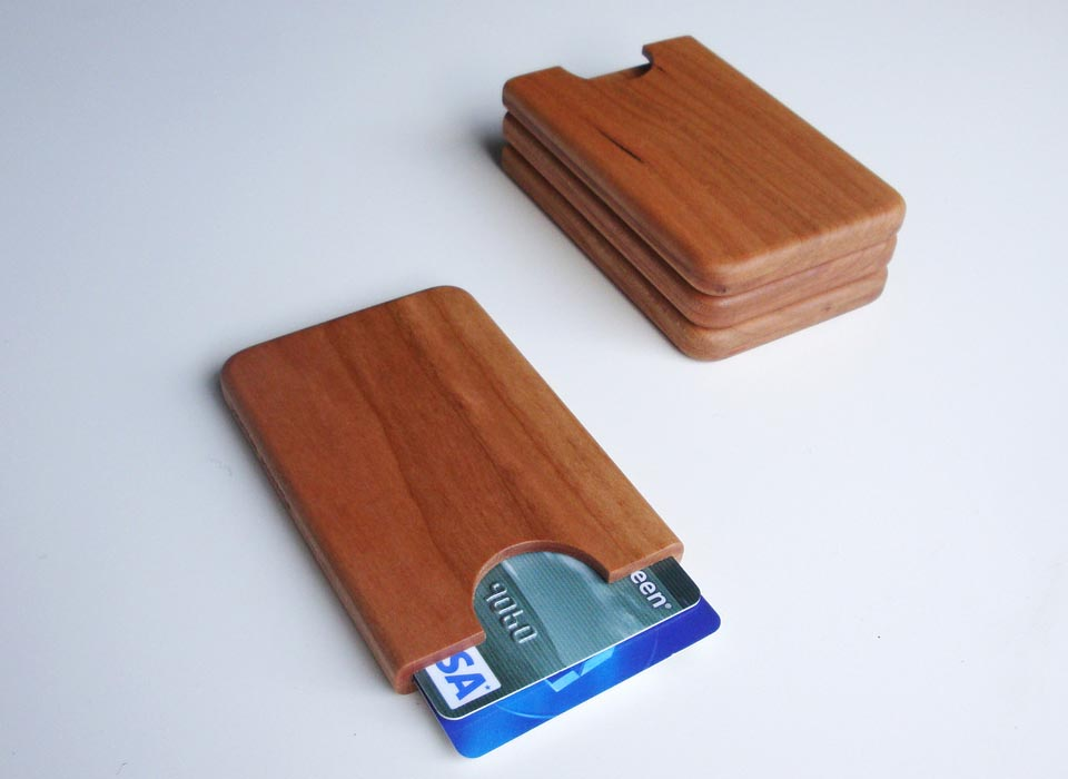 Handmade Wooden Business Card Holder | Gadgetsin