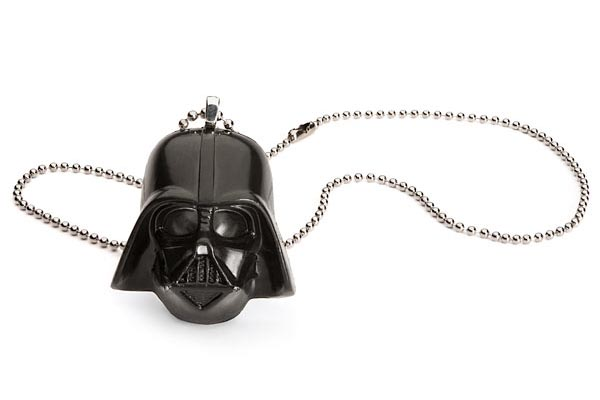 Star Wars Darth Vader Helmet Necklace