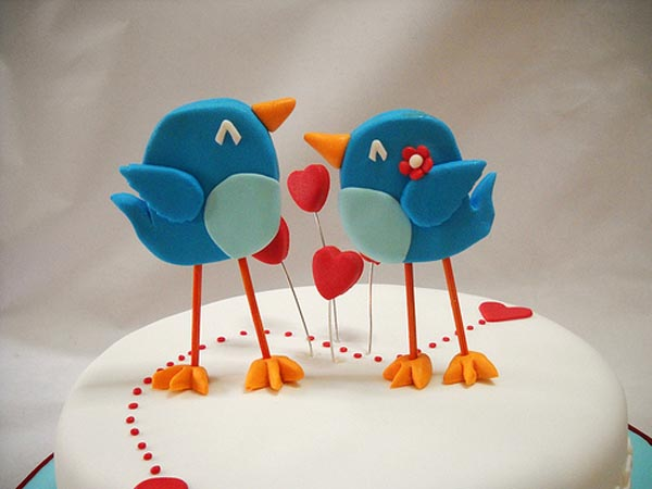 Twitter in Love Theme Cake
