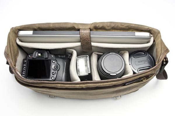 Union Street Camera and Laptop Canvas Messenger Bag | Gadgetsin