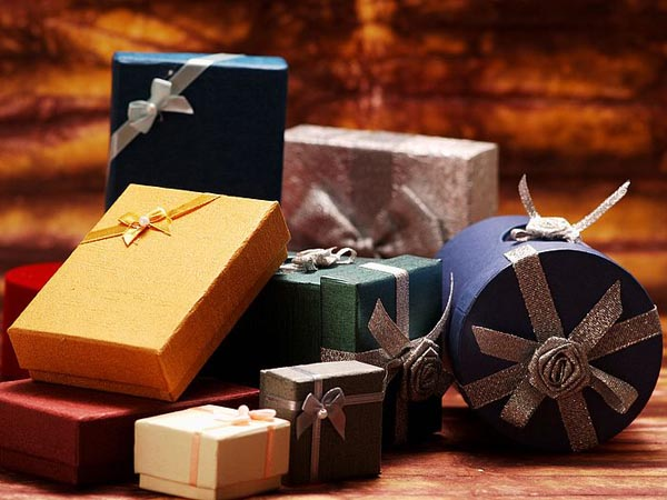 The Giveaways of Christmas and New Year (Second Round)