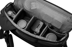 Incase Sling Pack Camera Bag