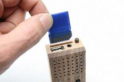 Motz Wooden Mini Speaker Doubled as MP3 Player