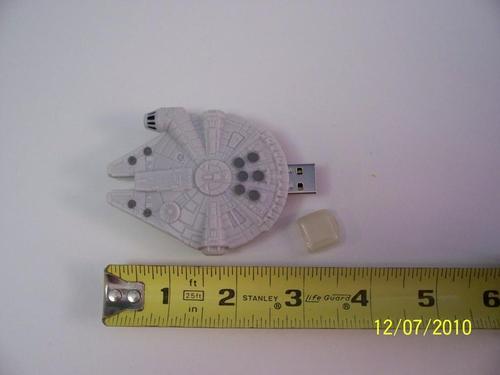 Star Wars Millennium Falcon USB Flash Drive