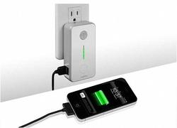 VogDUO Green Wall USB Charger
