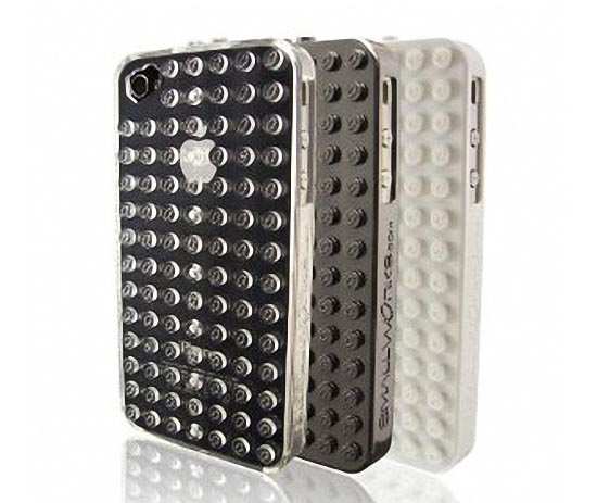 Apply LEGO Bricks to SmallWorks BrickCase iPhone 4 Case