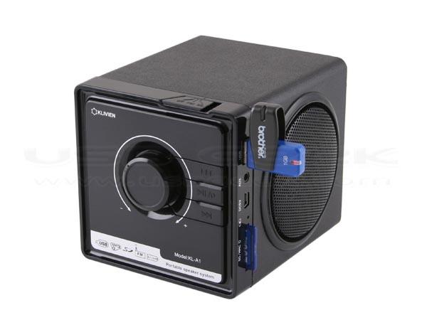 retro usb speaker integrated mp3 player and fm radio. Black Bedroom Furniture Sets. Home Design Ideas