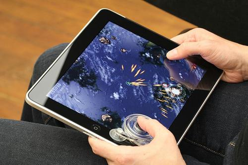 Fling Tactile Game Controller for iPad