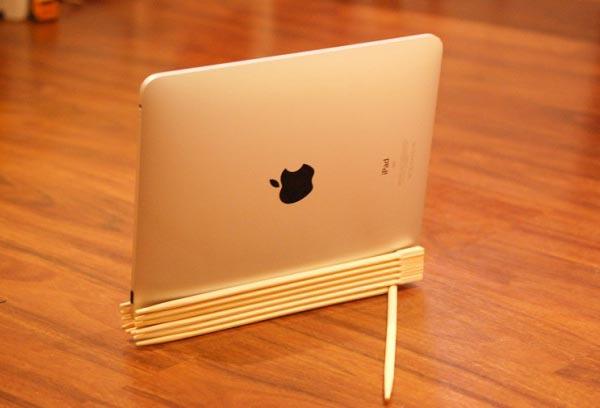 Eco-friendly iPad Stand Made of Chopsticks