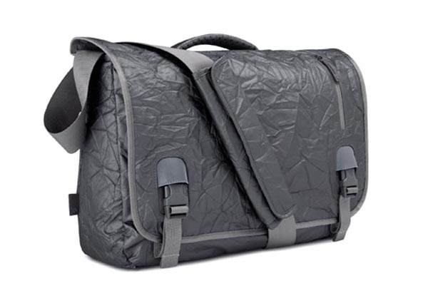 Incase Alloy Messenger Bag