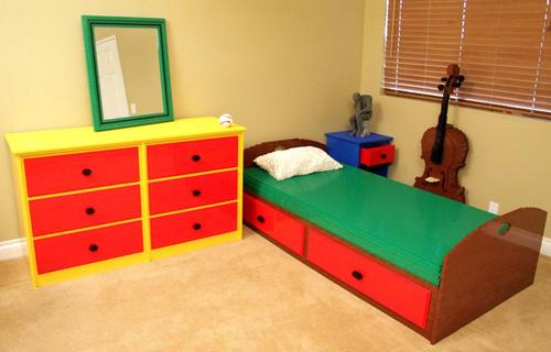 Nathan Sawaya's Bedroom Build with LEGO Bricks