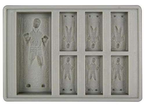 Star Wars Ice Cube Tray for R2-D2 and Han Solo in Carbonite