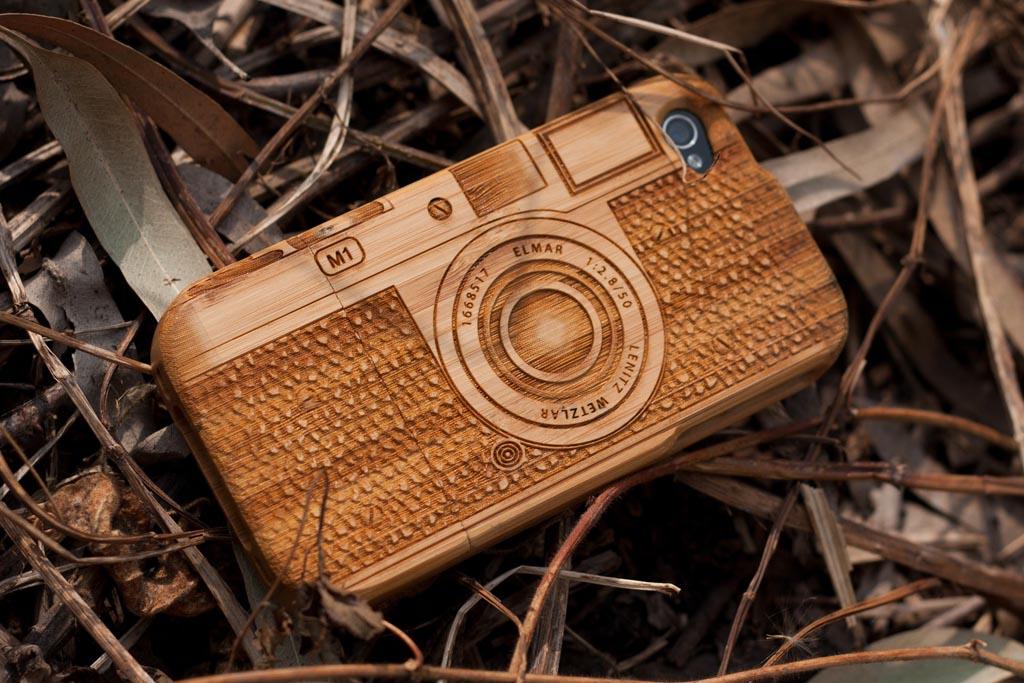 leica m1 camera styled wooden iphone 4 case gadgetsin. Black Bedroom Furniture Sets. Home Design Ideas