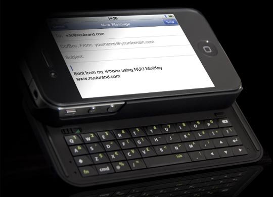 NUU MiniKey iPhone 4 Keyboard Case