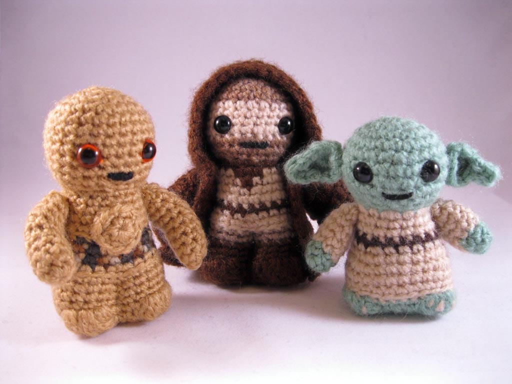 Amigurumi Yoda : Star Wars Mini Amigurumi Patterns Gadgetsin