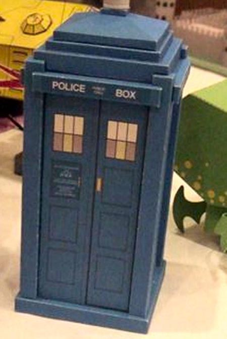 Steampunk Doctor Who TARDIS Paper Craft