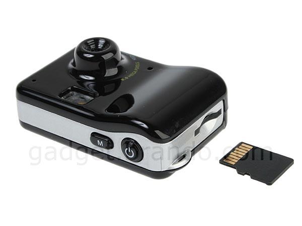 Tiny Handy Snap Shot Mini Digital Camera and Camcorder | Gadgetsin