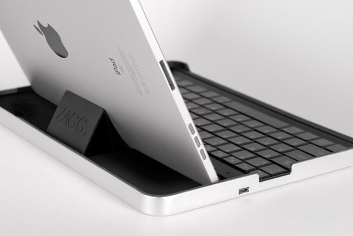 clinical zagg bluetooth keyboard for ipad 1 month after launched