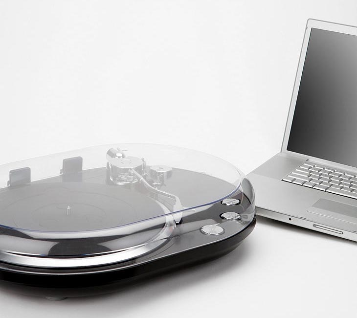 Oval Usb Turntable Converts Vinyl Recorders Into Digital