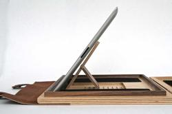 Substrata Tabletop iPad 2 Wooden Case