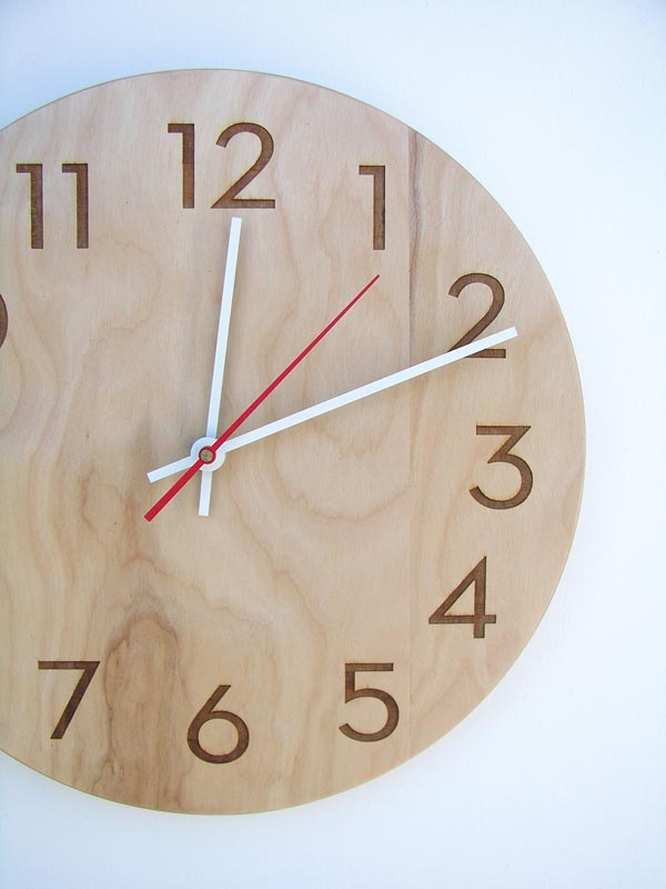 Elegant Wooden Wall Clock Gadgetsin