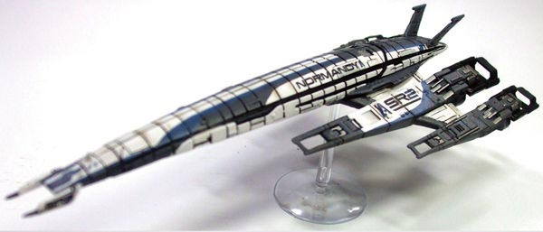 Mass Effect SSV Normandy SR-2 Ship Replica