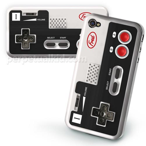 Retro NES Controller iPhone 4 Case
