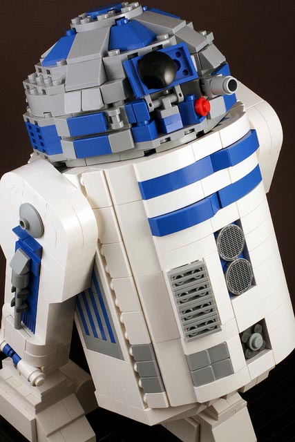 Star Wars R2 D2 Built Out Of Lego Bricks Gadgetsin