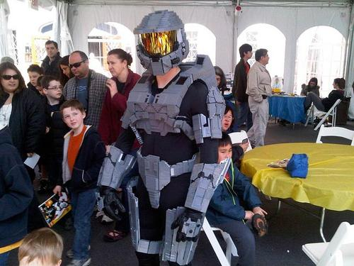 Halo Master Chief Costume Built up with LEGO Bricks