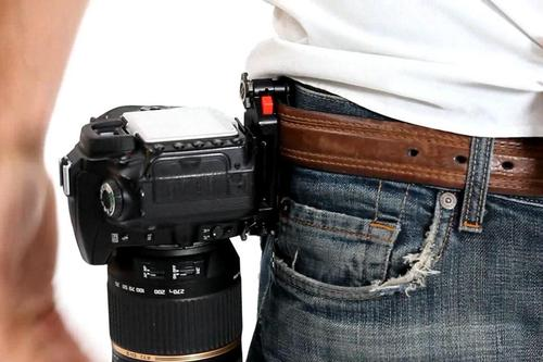 Capture Camera Clip System Lets You Quickly Access DSLR Camera