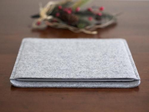 Handmade Wool Felt iPad 2 Sleeve