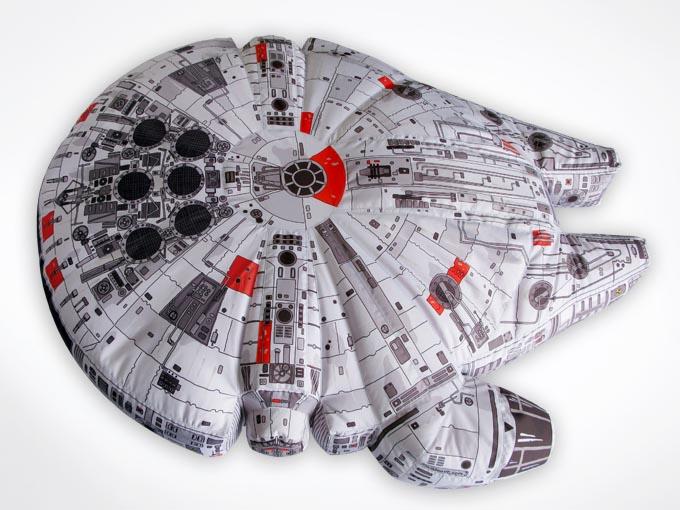 Star Wars Millennium Falcon Bean Bag | Gadgetsin