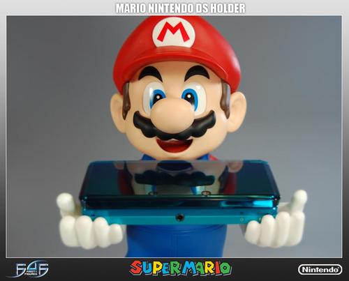 Super Mario Nintendo 3DS Holder