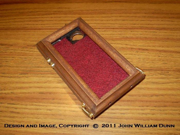 Icog Dione Steampunk Iphone 4 Case Gadgetsin