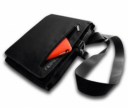 incipio_trifold_ipad_bag_1.jpg